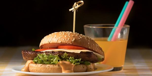 Burger Salaatti